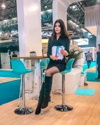 Hostess for Batimat Paris 2019