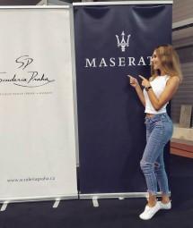 Hostesky a modelky na veletrh Autoshow v Praze
